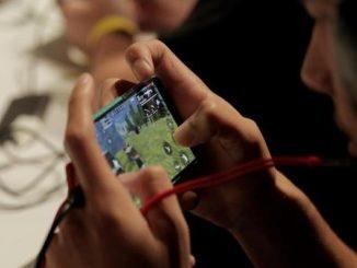 Los menores fueron contactados en un grupo de un famoso videojuego.